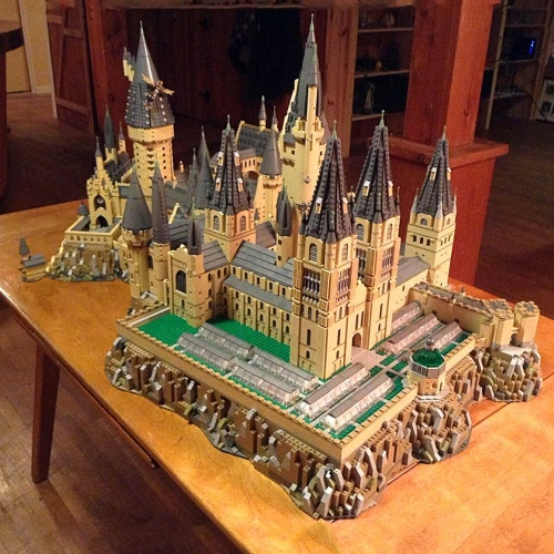 Harry Potter Hogwart's Castle Central Courtyard S7315 12918Pcs Moc Model Building Blocks Bricks Toys
